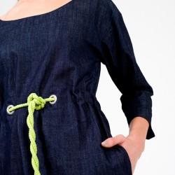 Das Schnittmuster Kleid lea ist ein einfacher Kleiderschnitt mit Tunnelzug.