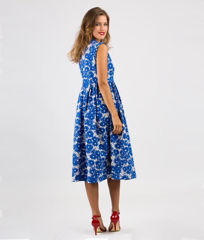 Du suchst ein Schnittmuster für ein Sommer- oder ein Abendkleid?