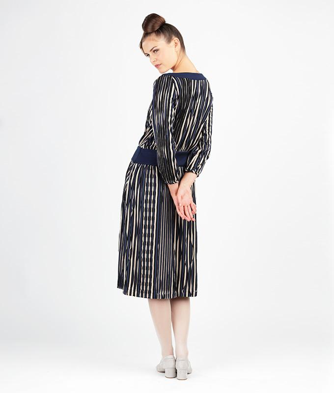 Du suchst ein Schnittmuster für ein Kleid im Look der 20er Jahre?